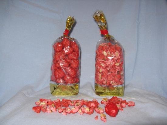 Sachet cellophane 250 et 500 Gr de pralines entières ou concassées.